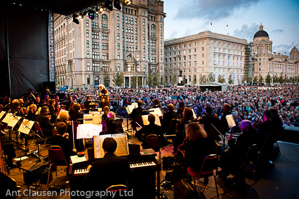photos of liverpool philharmonic orchestra, liver building, on the waterfront, liverpool photography, pics, blog, festival, event, photography