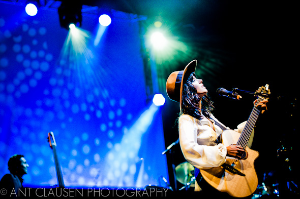 photos of katie melua playing in liverpool