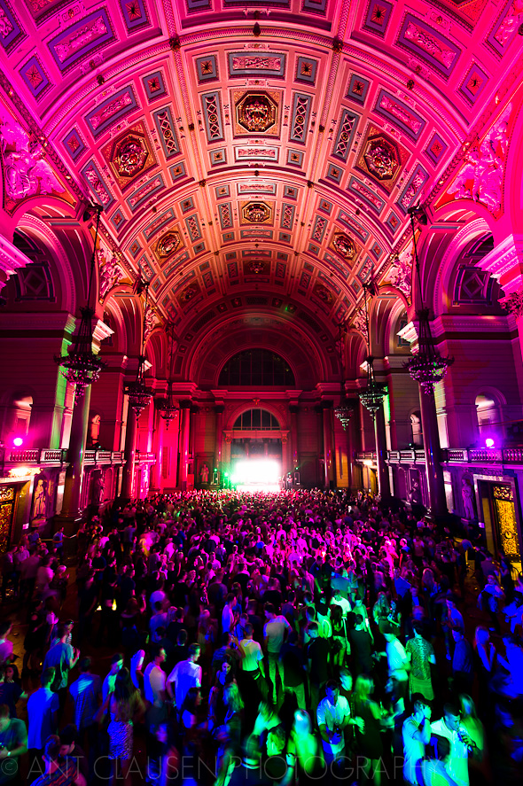 dj luciano cadenza photos from st georges hall liverpool