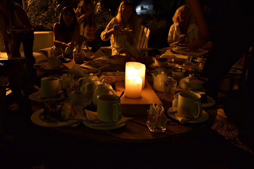 A traditional past-time in most South American countries is a post-siesta gathering amongst family and friends, usually including cakes (four in this case), and endless coffee and tea.