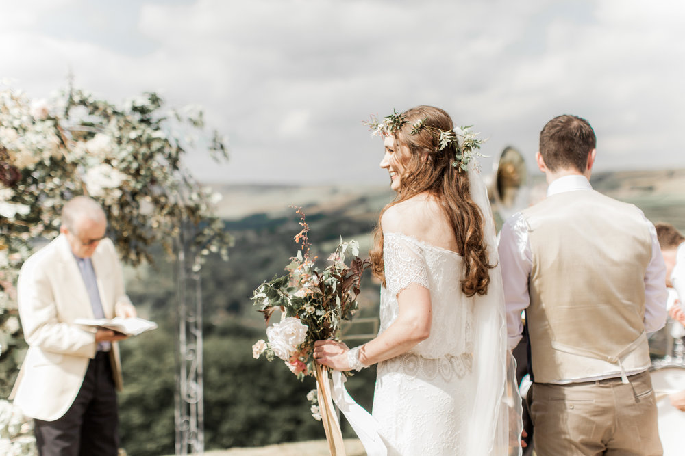 Yorkshire wedding flowers. Outdoor ceremomy