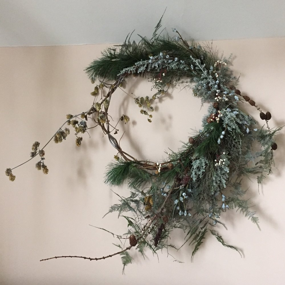 large natural winter wreath
