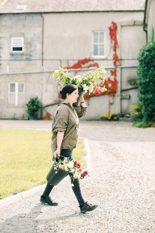 LargeUrnWorkshopwithFirenzaFlowers|Ireland|BelleandBeauFineArtPhotographyCopyright2018-214.jpg
