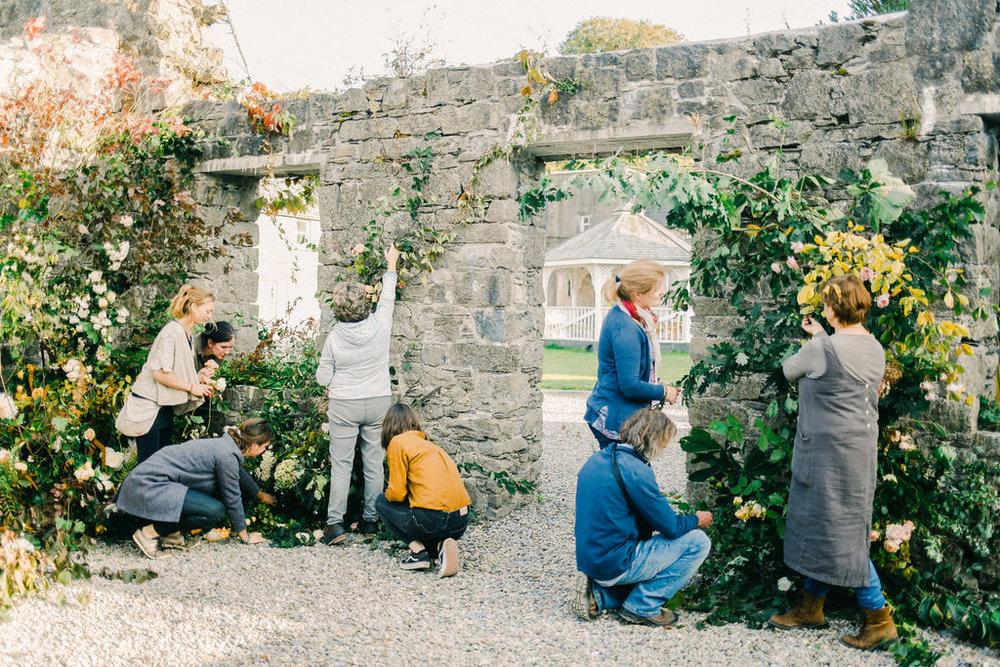 LargeUrnWorkshopwithFirenzaFlowers|Ireland|BelleandBeauFineArtPhotographyCopyright2018-273.jpg
