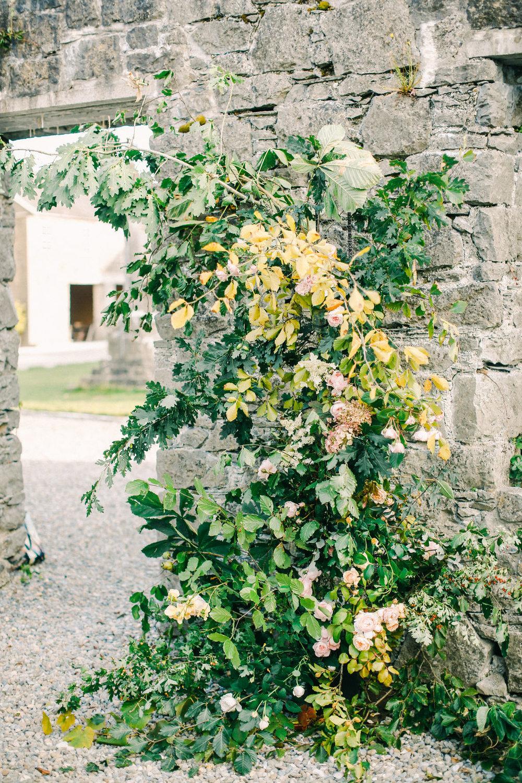 LargeUrnWorkshopwithFirenzaFlowers|Ireland|BelleandBeauFineArtPhotographyCopyright2018-259.jpg
