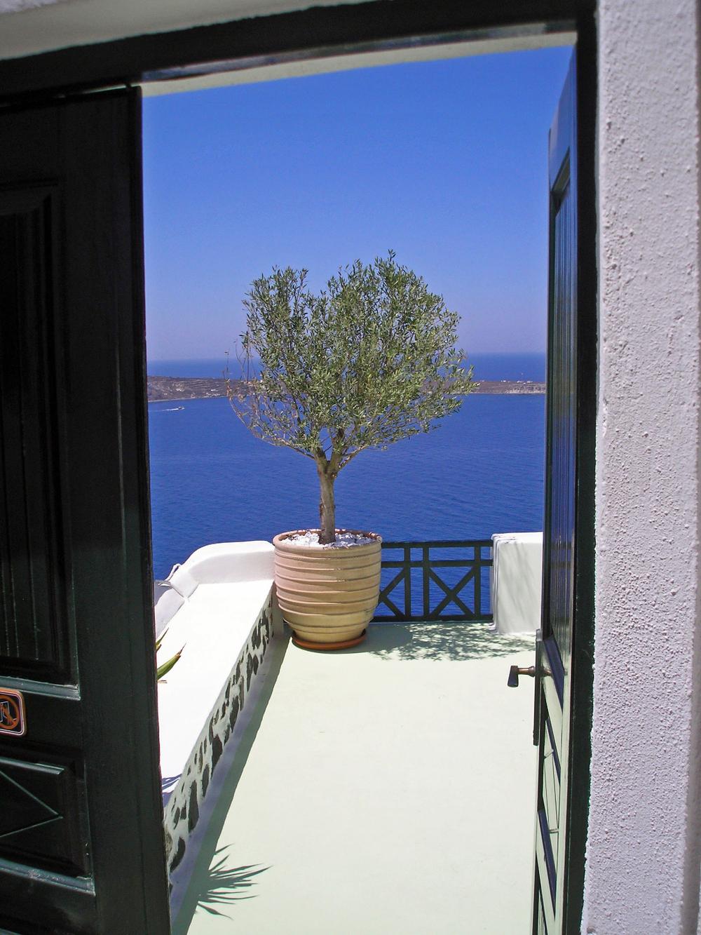 santorini a door opens.jpg