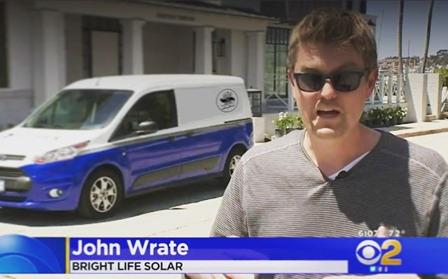 Bright Life Solar makes the news! #cbs #cbsnews #kcal #kcal9news #brighlifesolae #california #solar #mandate2020 #solarenergy #tesla #solaredge #panasonic #lgelectronics #solarexperts #lookmomimontv