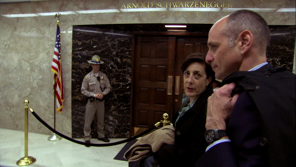 FOOD INC_Eric Shlosser in capitol.jpg