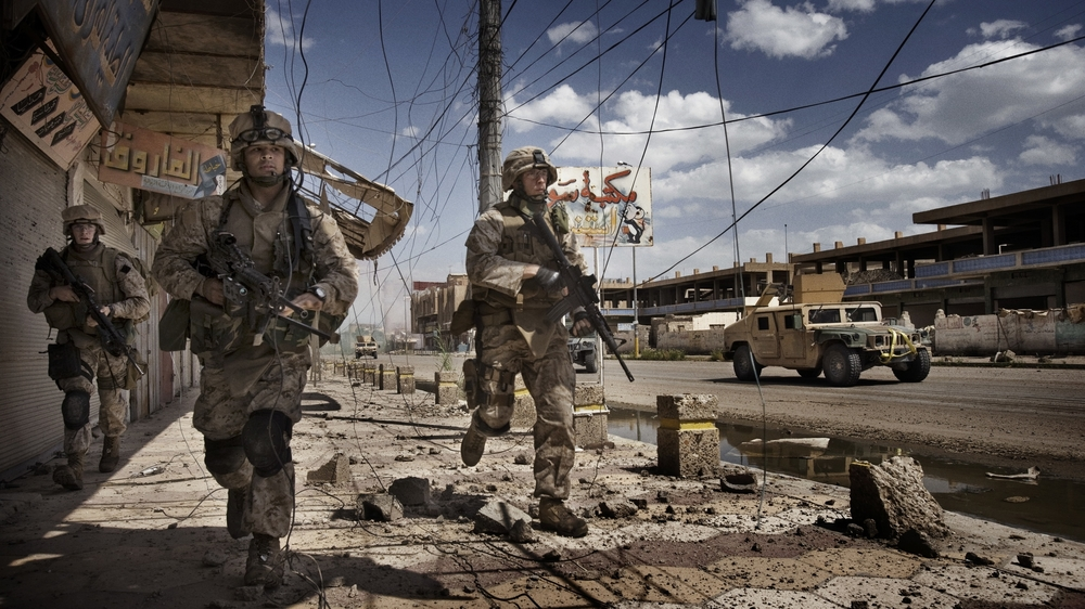 Only The Dead 19 - Credit Yuri Kosyrev _ Noor Images_U.S. Troops on patrol in Ramadi.jpg