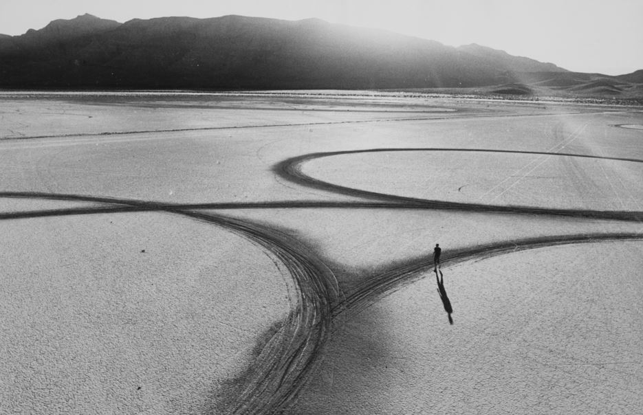 an analysis of robert smithons spiral jetty in troublemakers a documentary Land art and the anthropocene troublemakers unearths the history of land art lives and careers of storied artists robert smithson (spiral jetty).