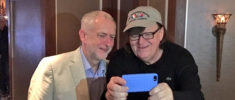 Michael also met Jeremy Corbyn and couldn't resist a seflie