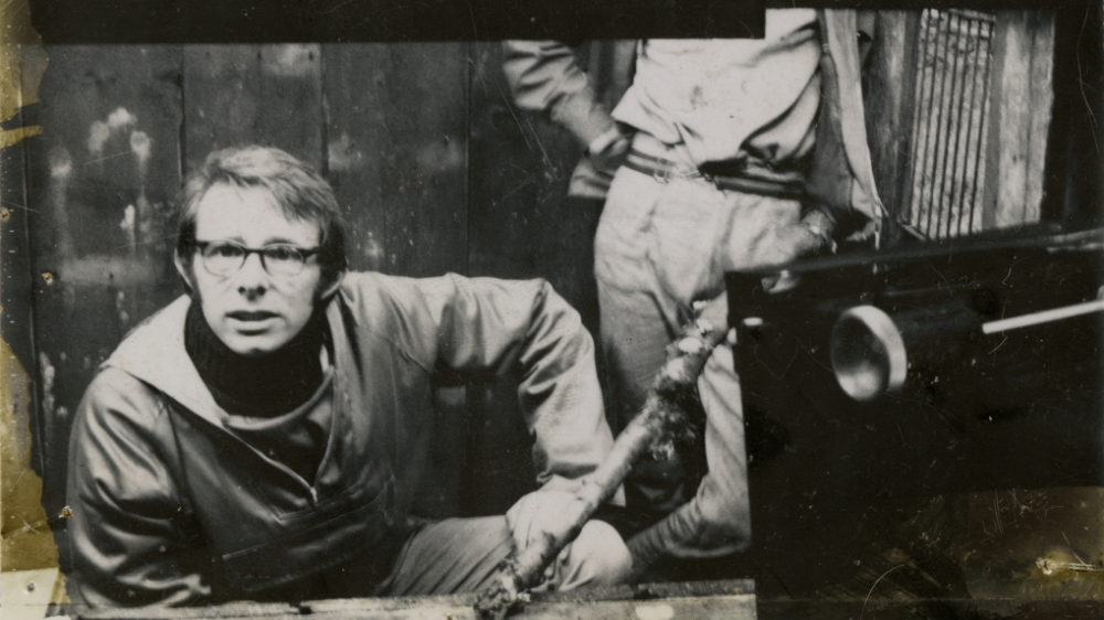 <h3>VERSUS: THE LIFE AND <br>FILMS OF KEN LOACH</h3>