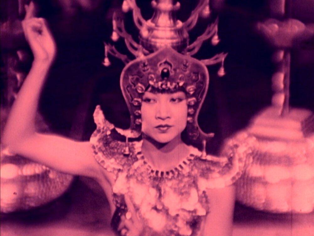 GIRL DANCING - PICCADILLY.jpg