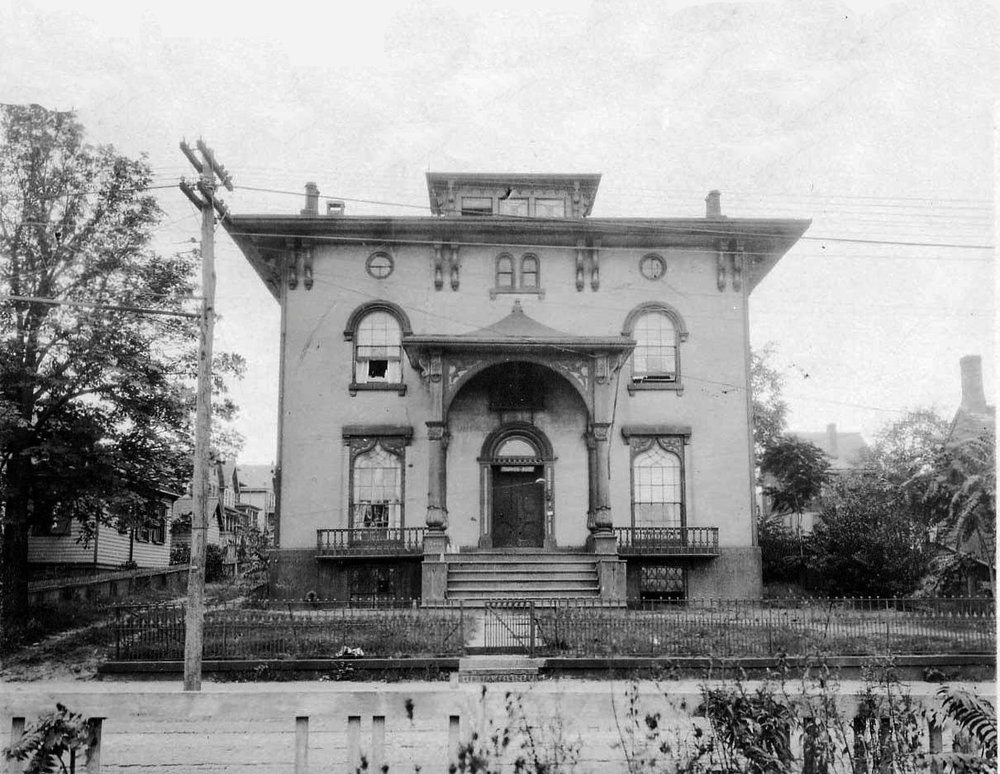 The Captain Stephen Barnes house, Mariners Harbor. PHOTO: Collection of Staten Island Museum