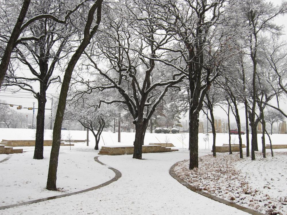Irving Veterans Memorial Studio Outside (4).jpg