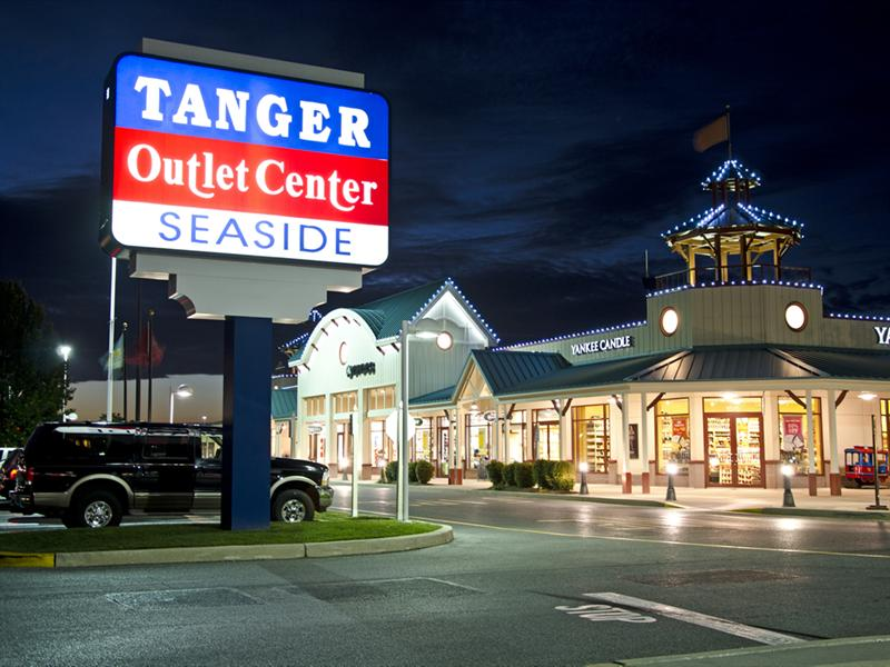 Tanger Outlets - Rehoboth