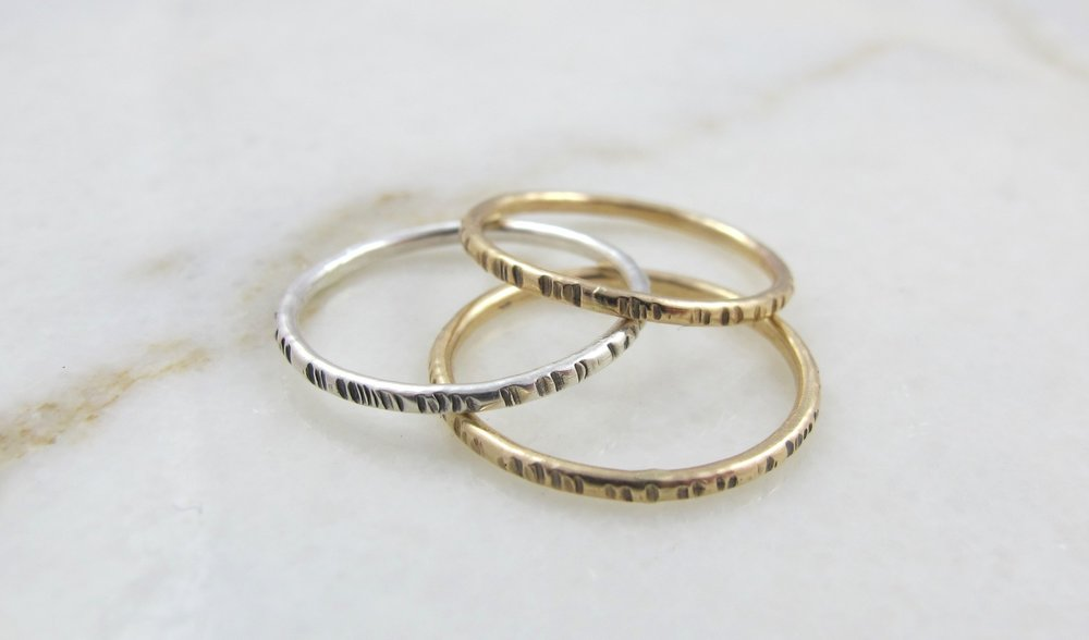 Notch stacking rings