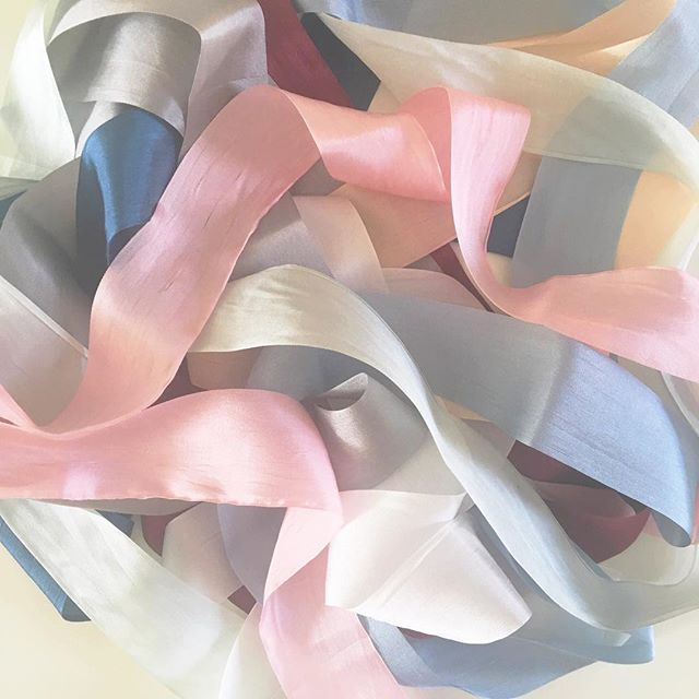 You know it's a great day when your new silk ribbons from Anastasia Marie come in the mail!!! I can't wait to style bridal details with these! 😍