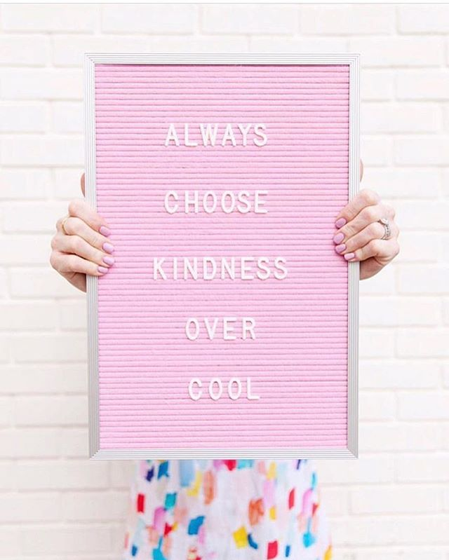 Love this message so much! 🙌🏻 📷: @cakeandconfetti