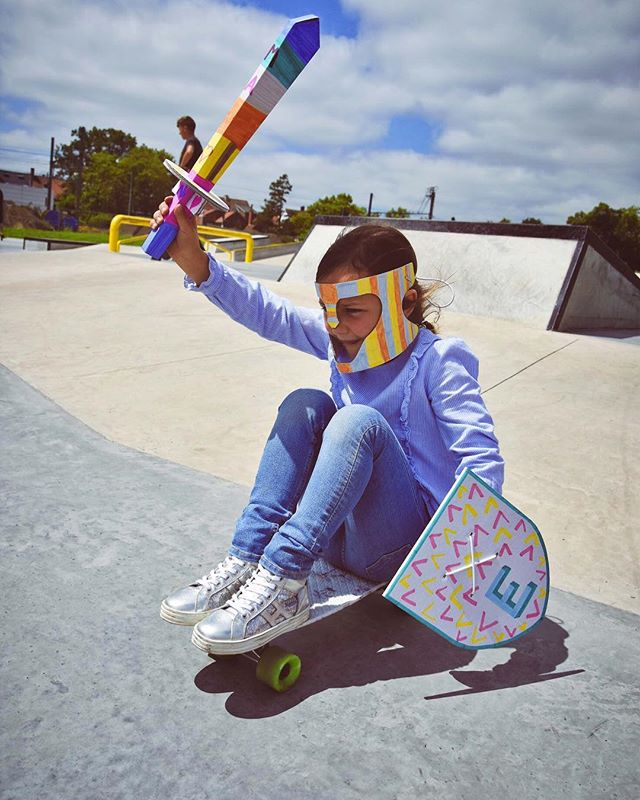 • weeekend • it's friday baby! let's fly into this weekend 🤗! discover our new heroset now #linkinbio • • • #mistertody #hero #diykids #kidsinspiration #ecological #crafts #toys #kidslife #friyay #weekend #letsplay #imagination #knight