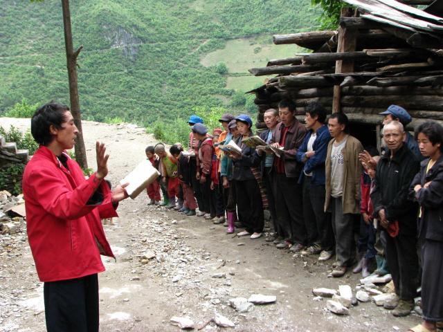 local lisu people singing hymns.JPG