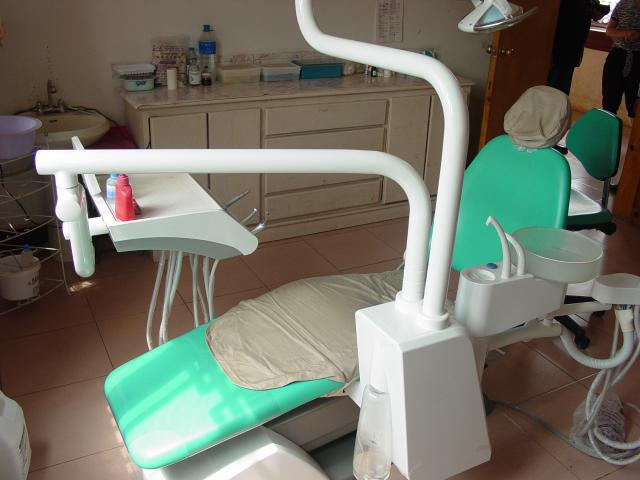 New dental chair purchased by Des Moines AM Rotary