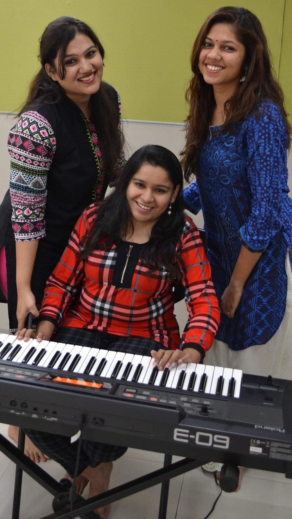 INDIA 2017 - At the piano, sancheti institute