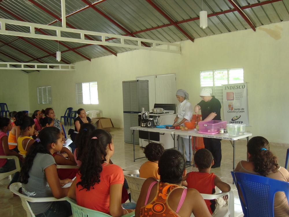 Curso en Comunidades.JPG