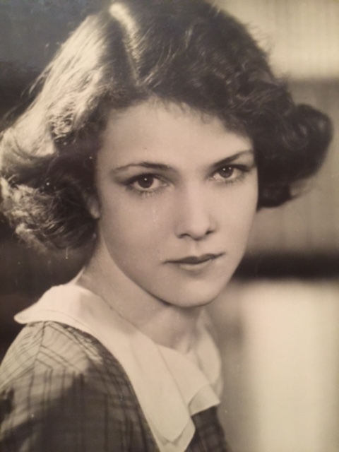 One of Caroline's favorite photos of her mom, taken at a young age before Elissa broke into Hollywood.