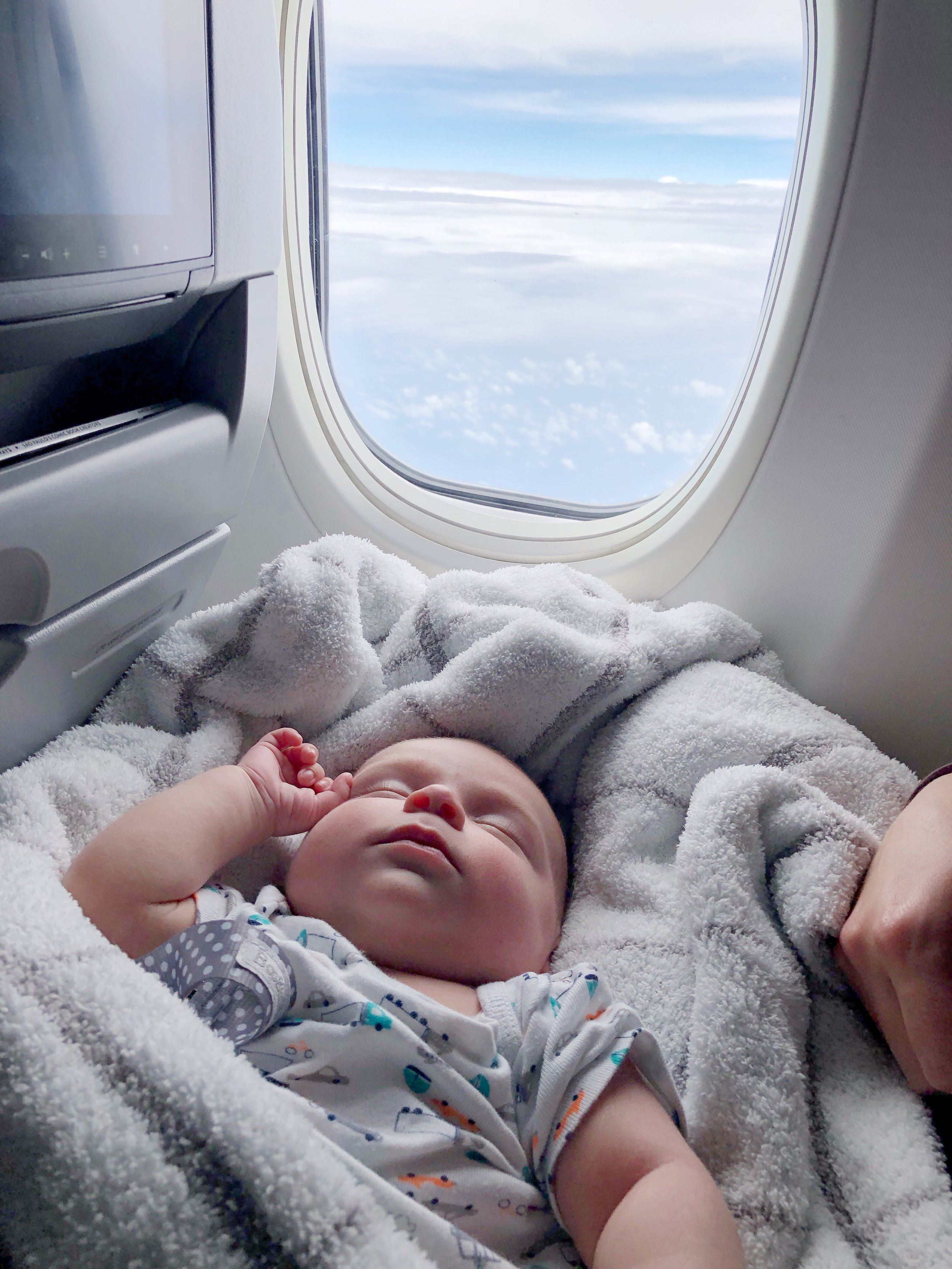 4 Pack NEW BORN Boy Infant Baby Socks 0-6 Month Car Plane Trunk Pattern Design