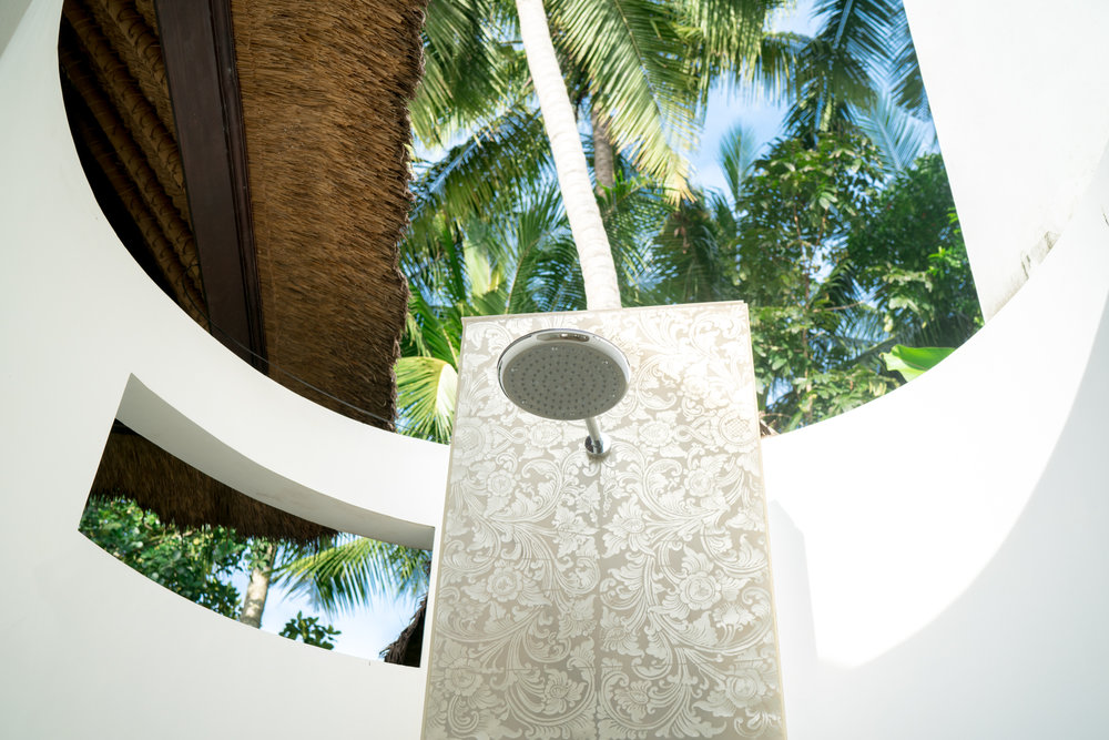 Outdoor shower in Bali | Never Settle Travel