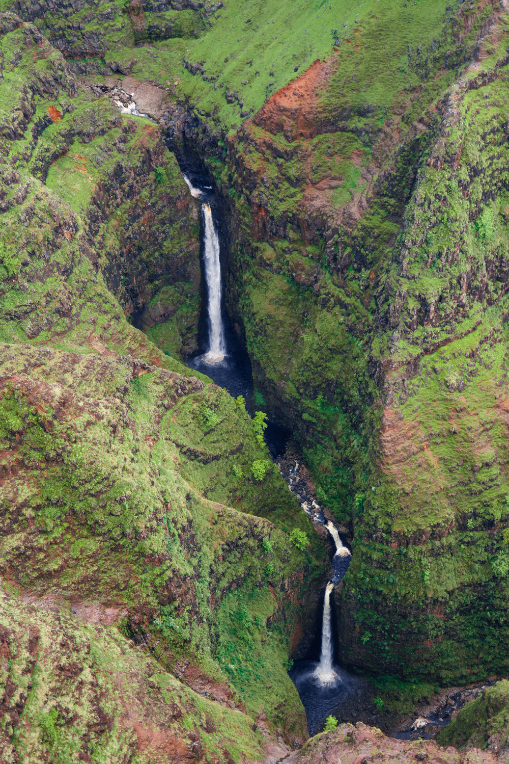 The best waterfalls in Kauai | Never Settle Travel