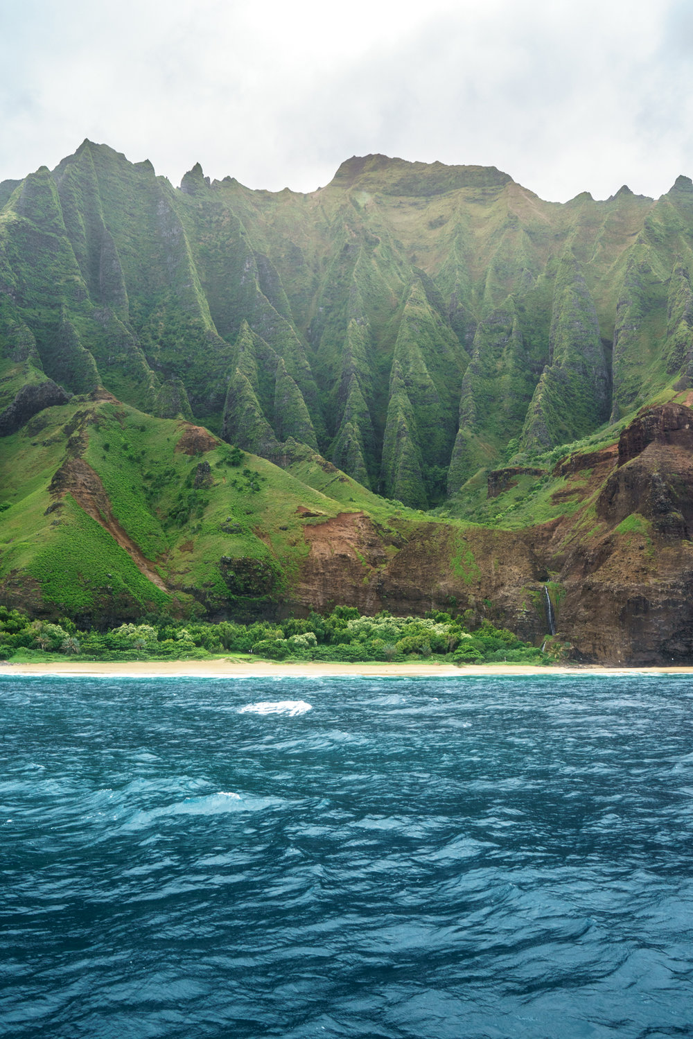 Sailing the Na Pali Coast in Kauai