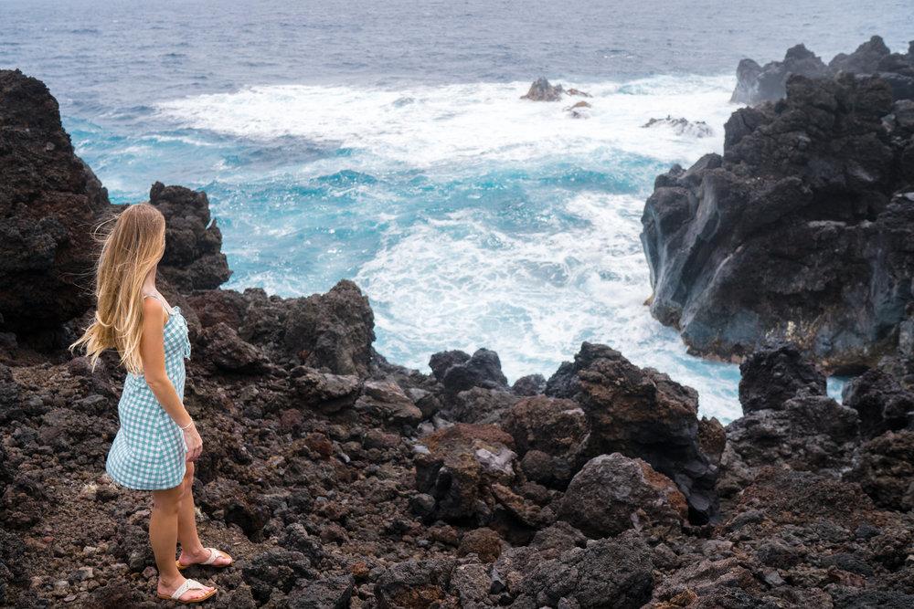 Waiʻanapanapa State Park in Maui | Never Settle Travel