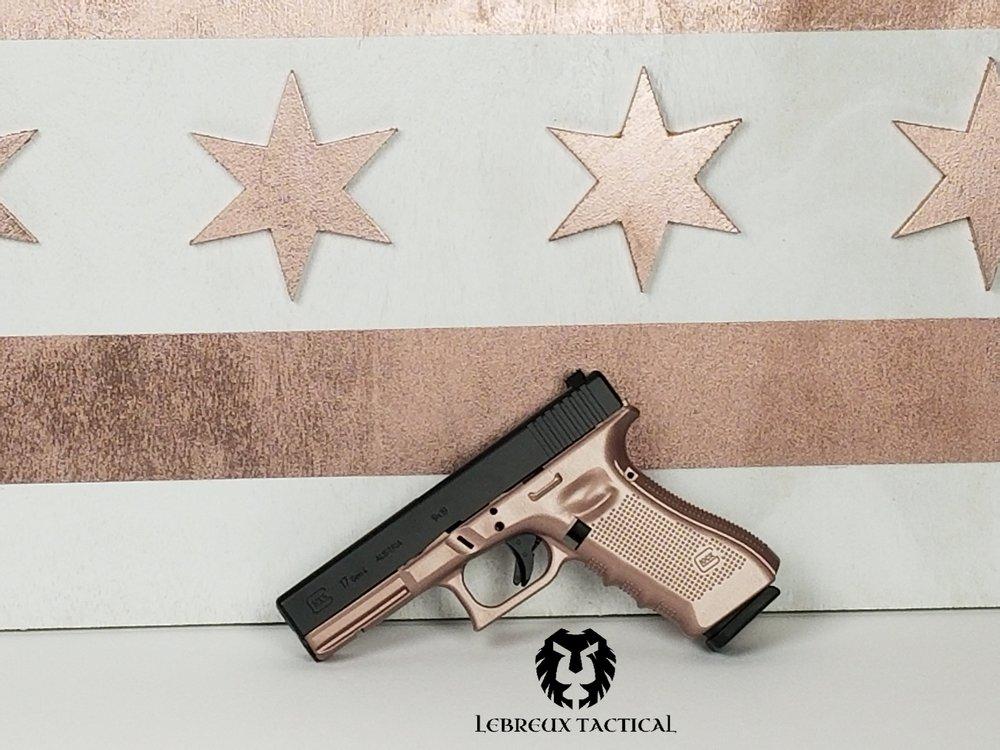 Rose Gold gun glock 17.jpg