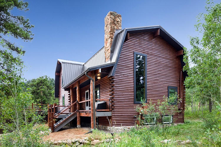 Rustic Mountain Home Remodel Exterior. Photography by Mark Quentin/StudioQphoto.com