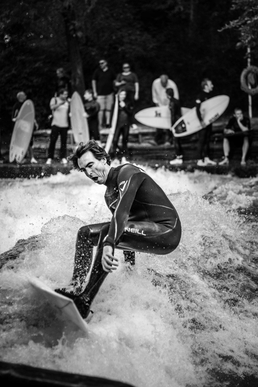 ChristianBach_Eisbach_MightyOtterSurfboards_©AntjeSeidel.jpg