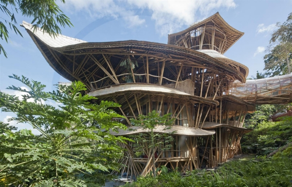 Inspiration alert!!! Building bamboo housing & schools. Incredible.