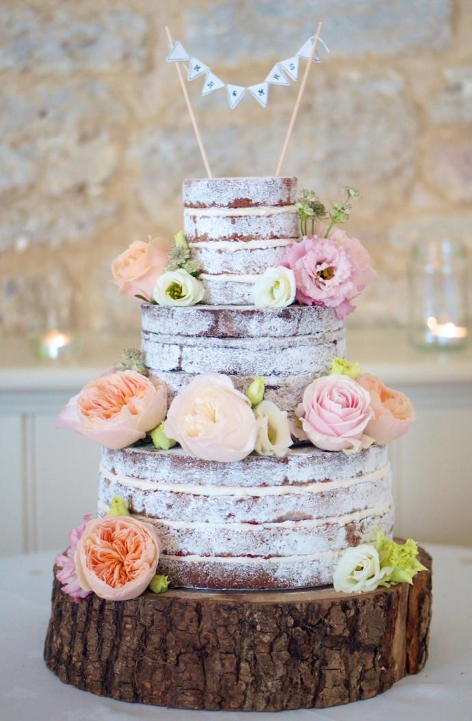 Anna-Cake-Couture-naked-wedding-cake-fresh-flowers-690x1054.jpg