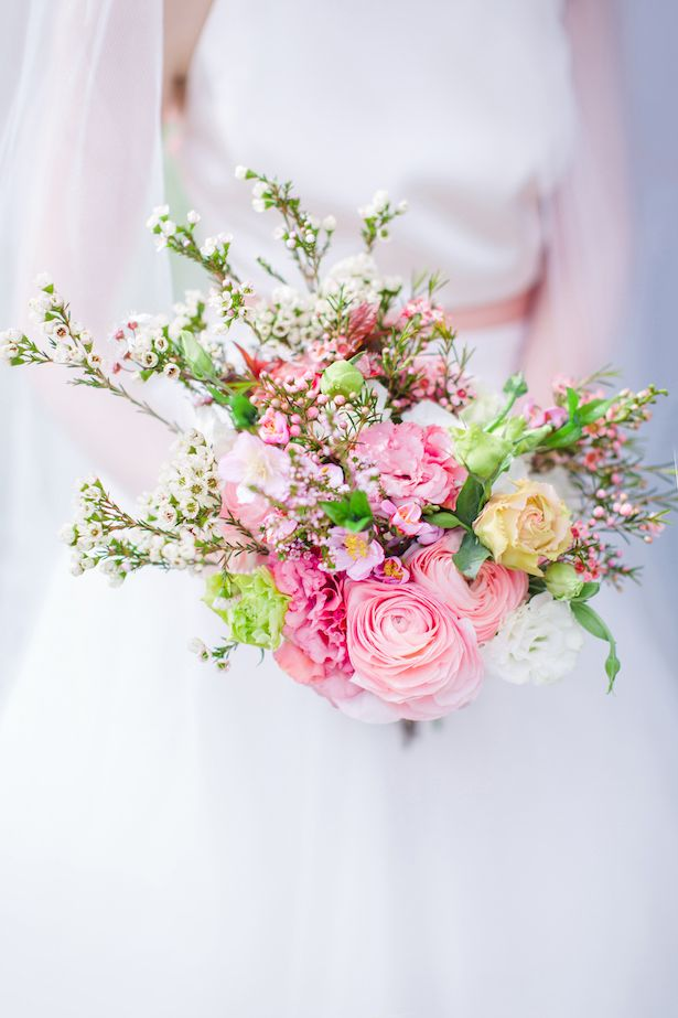 6f15464bb9bb40694d27a2549df3a316--spring-wedding-inspiration-floral-bouquets.jpg