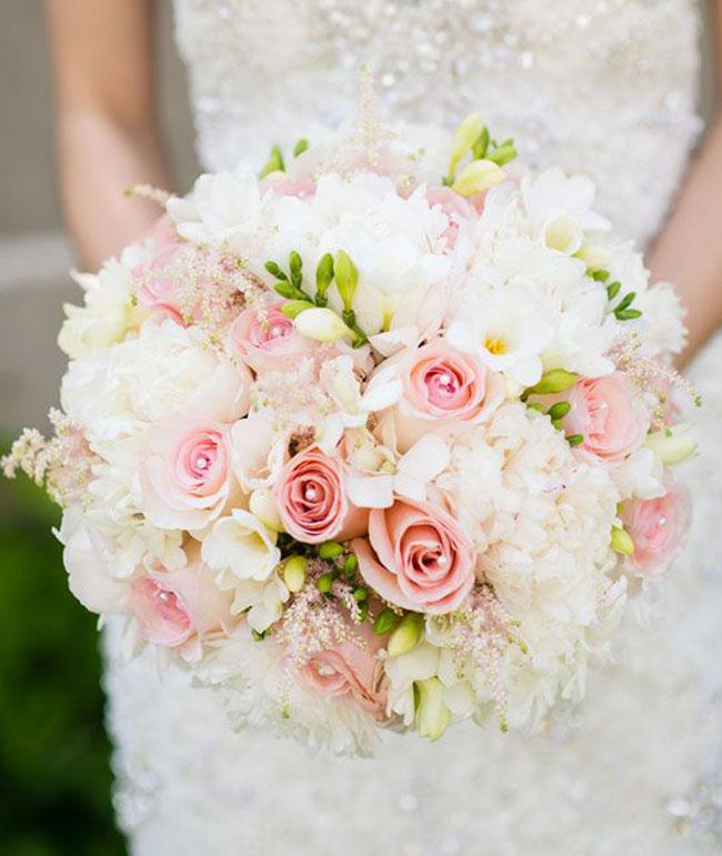 Blush-Pink-Bridal-Bouquet-_Brian-Hatton-Photography-.jpg