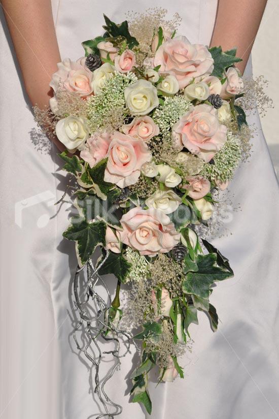 Pink-Rose-Dill-Bridal-Cascade.jpg
