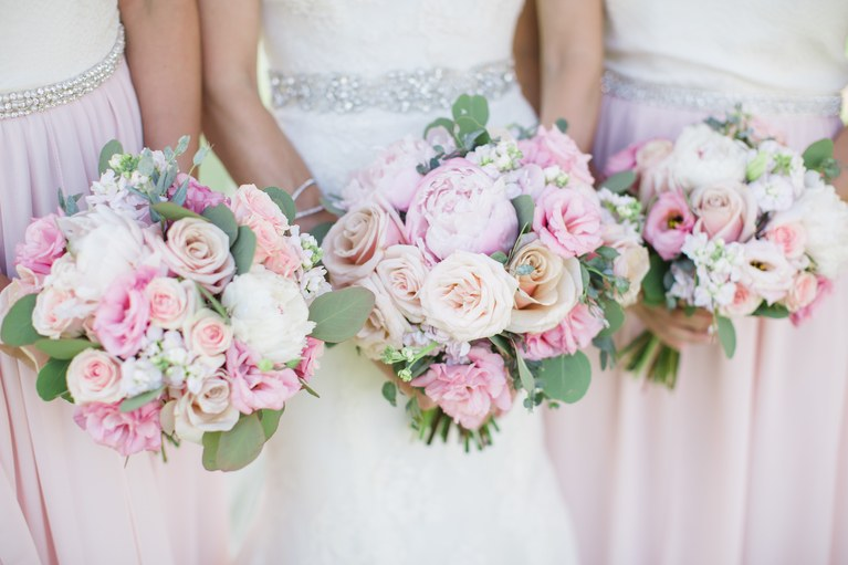 spring-flowers-for-wedding-bouquets-spring-wedding-bouquets-that-are-insanely-stunning-brides-1.jpg