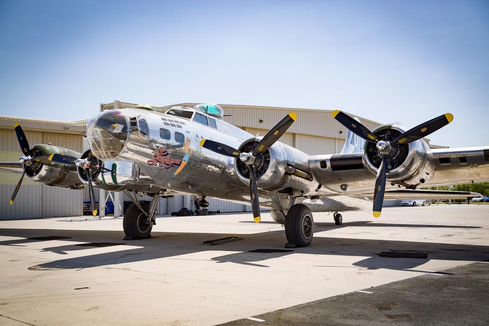 Boeing B-17G Flying Fortress 'Sentimental Journey'