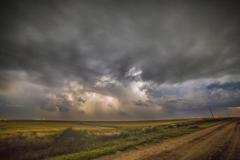 John_Stuart_storm-chasing-2-4.jpg