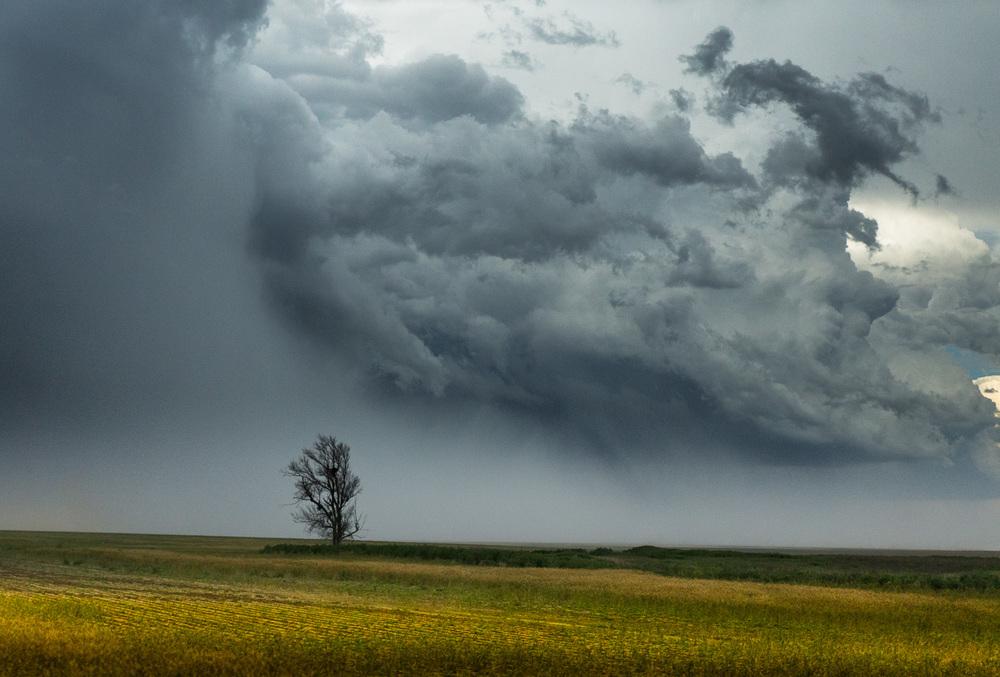John_Stuart_storm-chasing-3-3.jpg