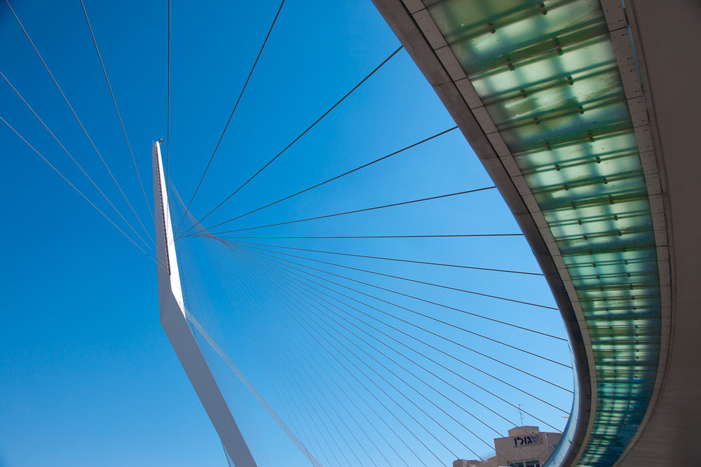 String Bridge, Israel