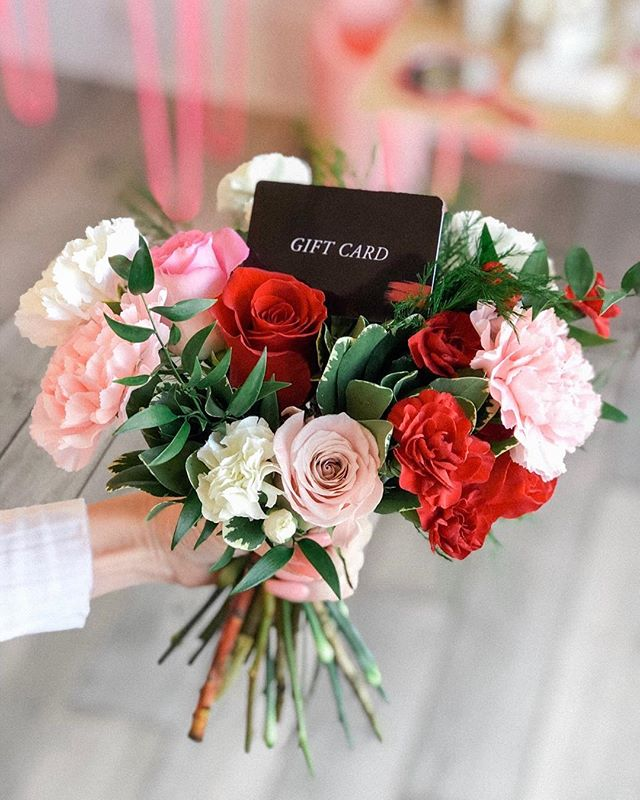 VALENTINE'S GIVEAWAY!!!!⠀ ⠀ ⠀ Pampering ourselves on Valentine's Day with a mani/pedi and some beauty products from @glossgoods ⠀ ⠀⠀ Don't forget to pamper your one and only, YOURSELF this Valentine's Day. We're gifting one lucky winner a gift card set to Polish + Gloss Goods. What better way to spend Valentine's Day then, to spend it pampering yourself with a mani/pedi and splurging on some beauty products. ⠀ ⠀⠀ All the rules on your chance to win are as follows:⠀⠀ 1. Like this photo.⠀⠀ 2. Follow @polish.thenailbar + @glossgoods⠀ 3. Tag 3 friends in the comments. ⠀⠀ ⠀⠀ Giveaway ends on February 12th at 9p est.⠀⠀ 🤞⠀⠀ ⠀⠀ SN: You must be a Jacksonville resident to enter/win. (Instagram Only) ⠀ ⠀ ⠀