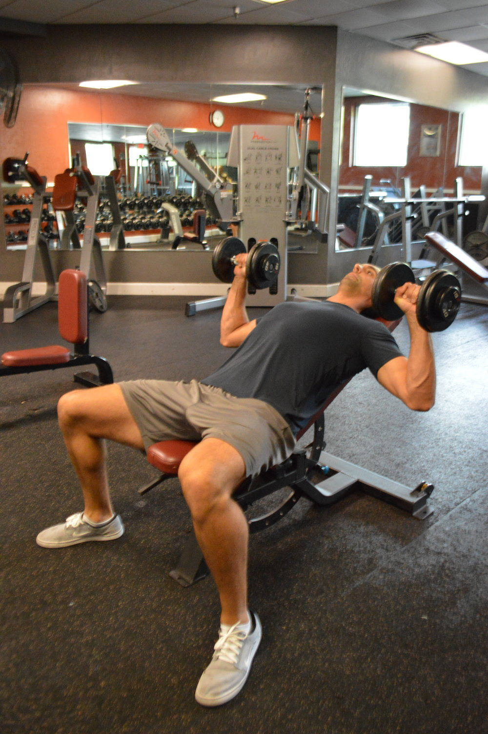 incline dumbbell bench press personal trainer gainesville fl