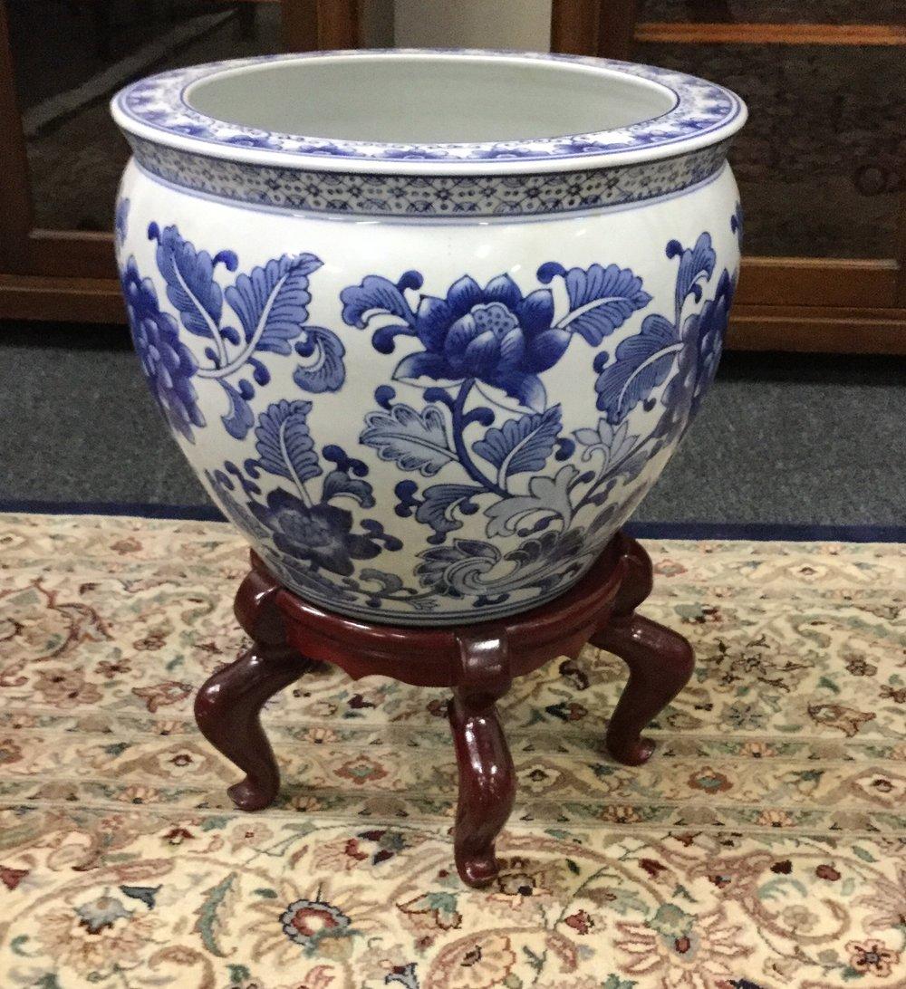 Oriental fishbowl & stand